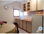 Appartements NELA - Pirovac Kroatien