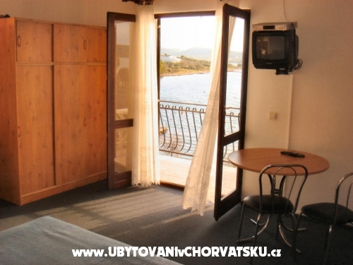 Dalmatio apartments - Pirovac Chorvatsko