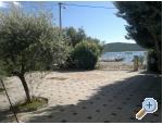 More - Pirovac Kroatien