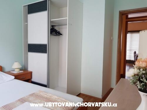 Aparmani Jurić - Podgora Chorvátsko