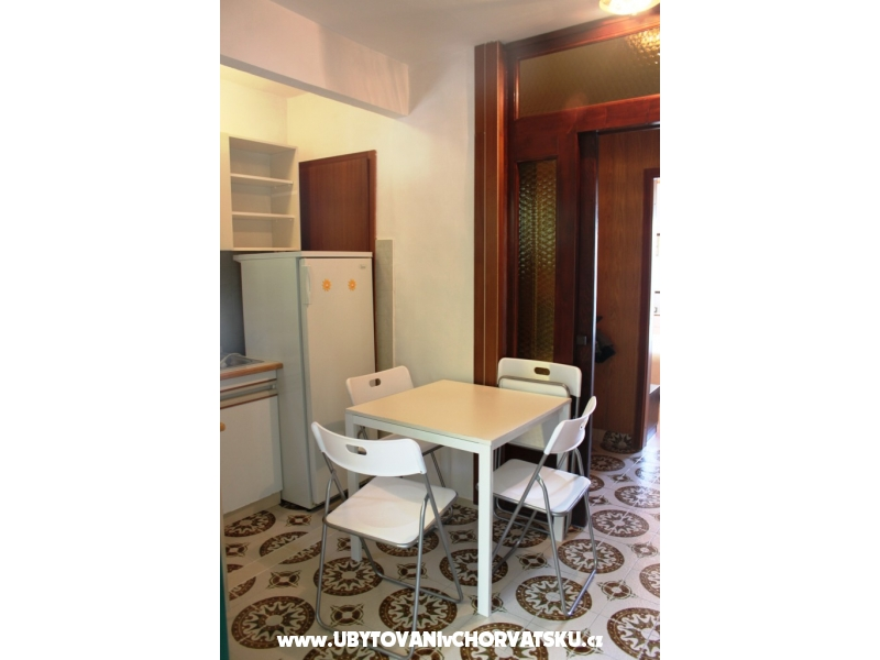 Apartment Anu�i� - �aklje - Podgora Croatia
