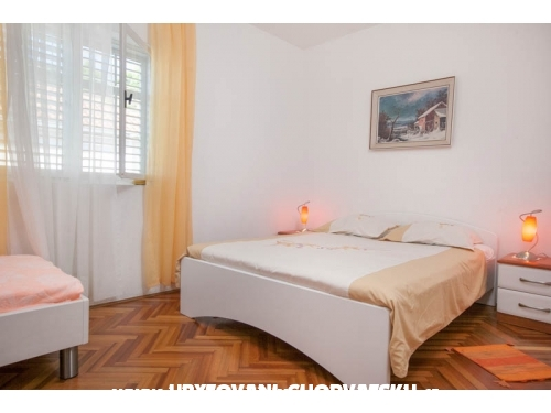 Apartment Olenka - Podgora Croatia