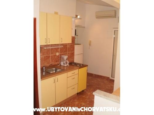 Apartmány Apollo - Podgora Chorvátsko