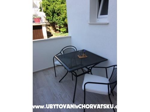 APARTMANI EDI - Podgora Hrvaška