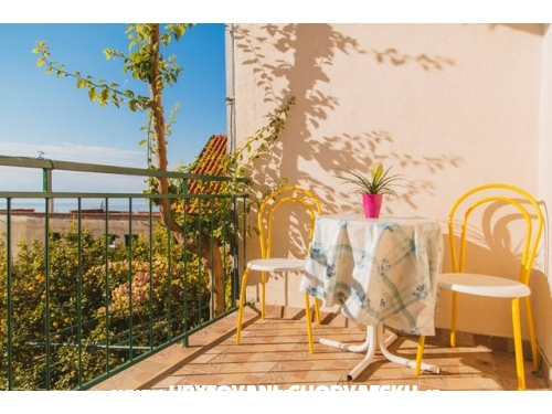 Apartments Daria - Podgora Croatia