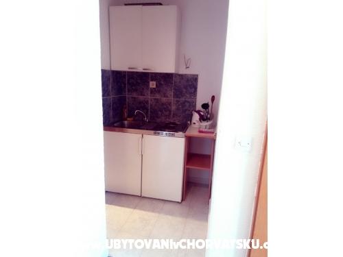 Apartmaji Gareljić - Podgora Hrvaška