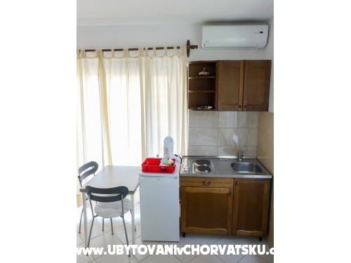 Apartments Jasminka - Podgora Croatia