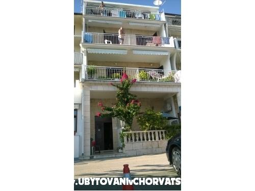 Apartmány Mia - Podgora Chorvatsko