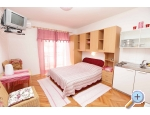 Appartements Holiday - Podgora Kroatien