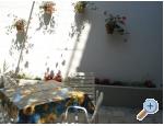 Appartements Zorko - Podgora Kroatien