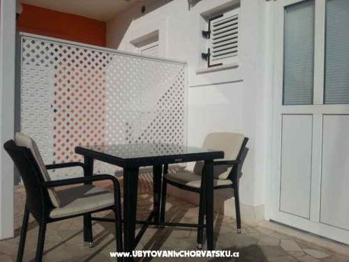 Appartements ORANGE - Podgora Croatie