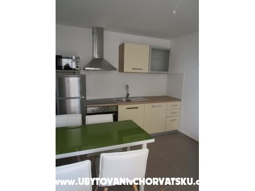 Apartments Marinovic - Podgora Croatia