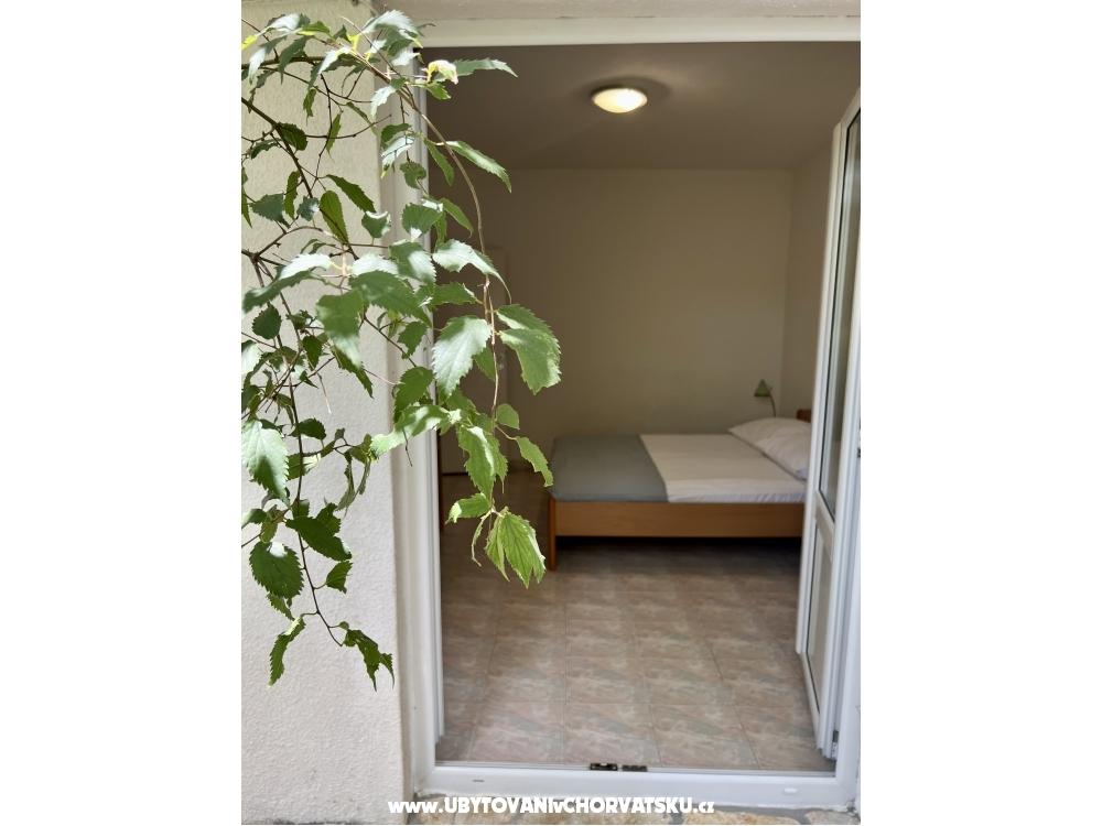 Villa Urlić Dick - Podgora Kroatien