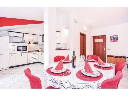 Apartamenty Aljinovic - Podstrana Chorwacja