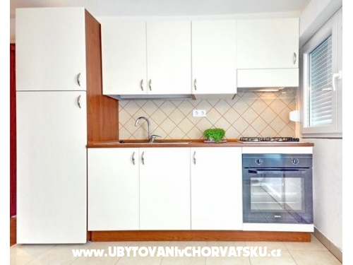 Apartment Čulić - Podstrana Croatia
