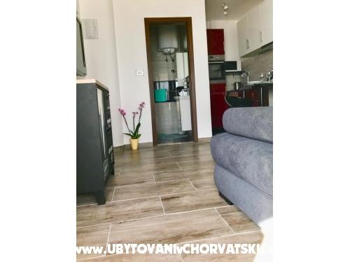 Apartman na plaži - Podstrana Hrvatska