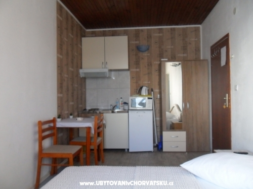 Apartments Car-Bruna - Podstrana Croatia