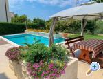 Apartment Lemon Garden with pool Kroatien