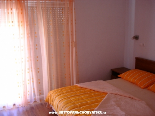 Apartments Nika - Podstrana Croatia
