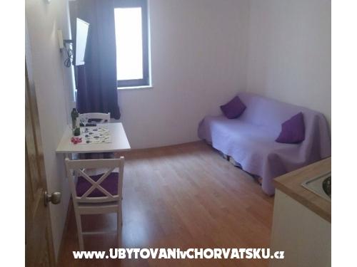 Apartmaji SARA - Podstrana Hrvaška