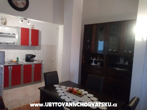 Apartments Tolušić - Podstrana Croatia