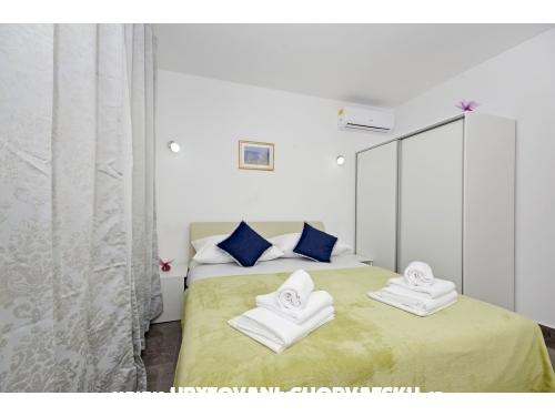 Apartmani Plave oči - Podstrana Hrvatska