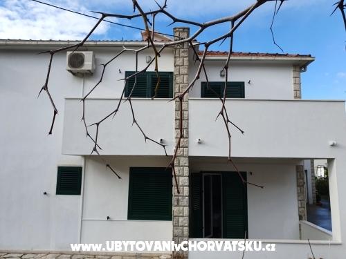 Apartments CAR - Podstrana Croatia