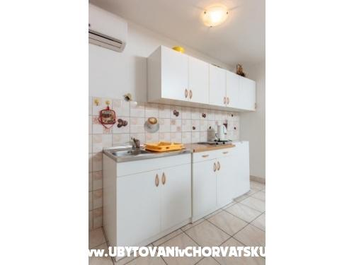 Apartmanok Dane - Podstrana Horvátország