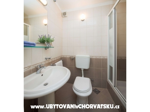 Apartment Lavica Seaside - Podstrana Croatia