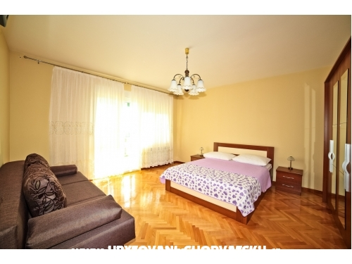 Apartmány Lela - Podstrana Chorvatsko
