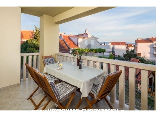 Apartments Leon - Podstrana Croatia