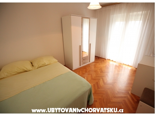 Apple apartments - Podstrana Chorvatsko