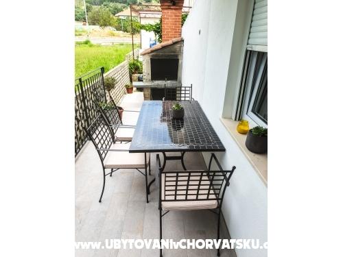 Luxury Apartmanok Argola - Podstrana Horvátország