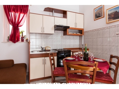 Holiday Home Tomasovic - Podstrana Kroatien