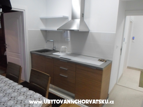 Spartium - Podstrana Hrvaška