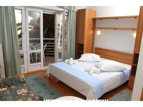 Villa  JERKAN - apartments - Podstrana Hrvaška