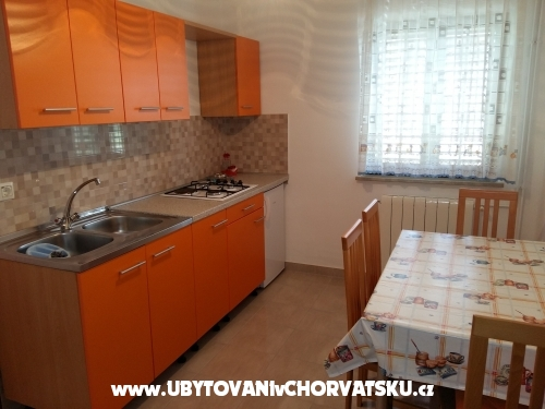 Appartements Karmen - Pore� Croatie