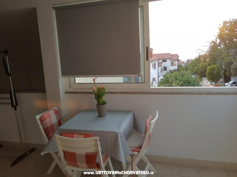 апартаменты Mara - Pore� Хорватия