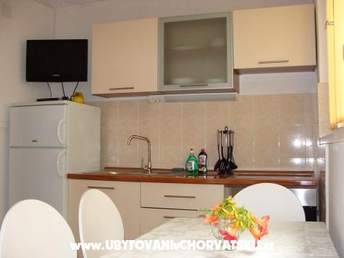 Apartmány 7 m od mora - Primošten Chorvátsko