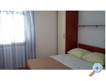 Appartements Petra - Primošten Kroatien