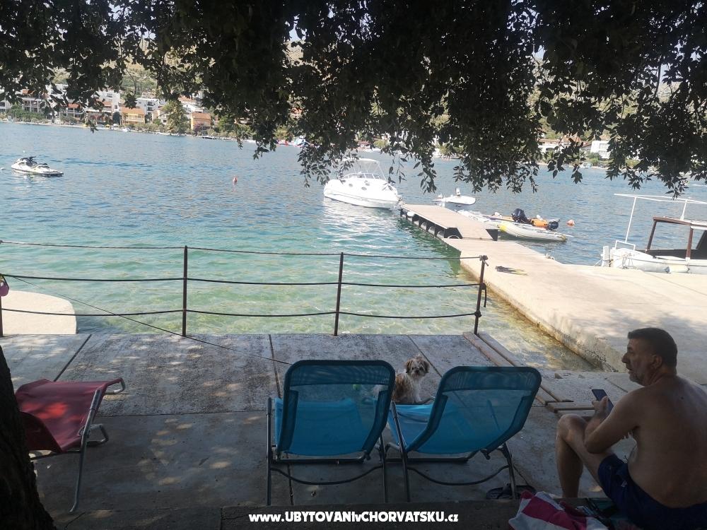 Apartmány 10 metara od mora - Primošten Chorvatsko