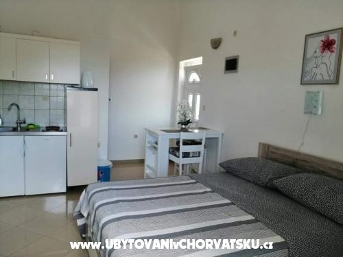 Apartmanok Lorento - Primošten Horvátország