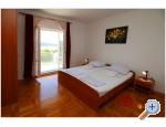 Appartements Slavka - Primošten Kroatien