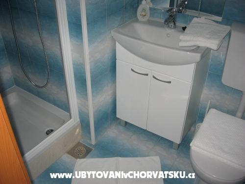 Vila ŠJOR **** - Primošten Croazia