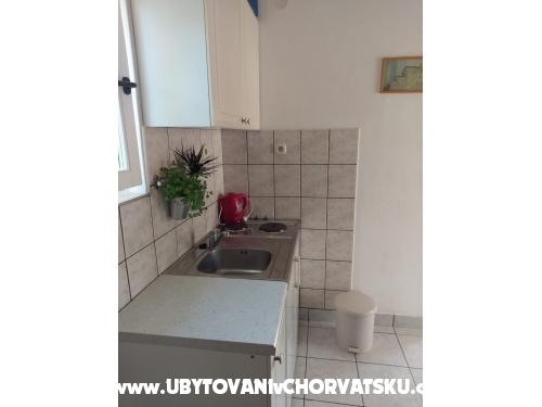 Apartmaji Zuban - Primošten Hrvaška