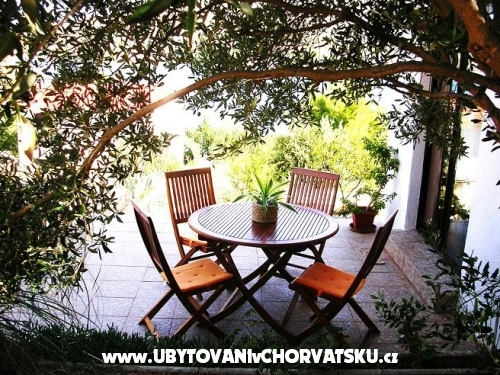 Appartements Gjardini *** - Primo�ten Croatie