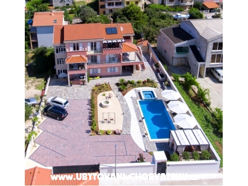 Holiday апартамент Danica Greba�tica - Primo�ten Хорватия