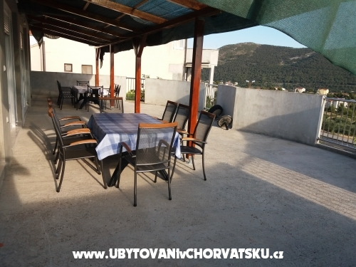 LAST MINUTE SEPTEMBER - Primo�ten Chorvatsko
