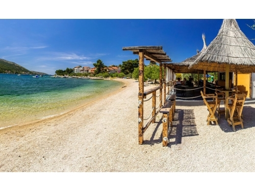 LAST MINUTE: OCTOBER 2016 - Primo�ten Croatia
