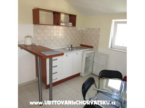 Zora - Primošten Chorvátsko